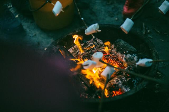 焚火 マシュマロ
